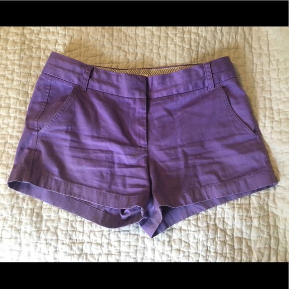 "J. Crew Pants - J. Crew women's 3"" stretch chino shorts. Size 6."